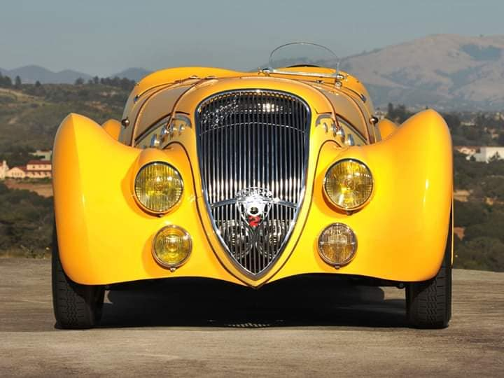 Peugeot-402-Darl-mat-Special-Sport-Roadster-from-1937-1938-1