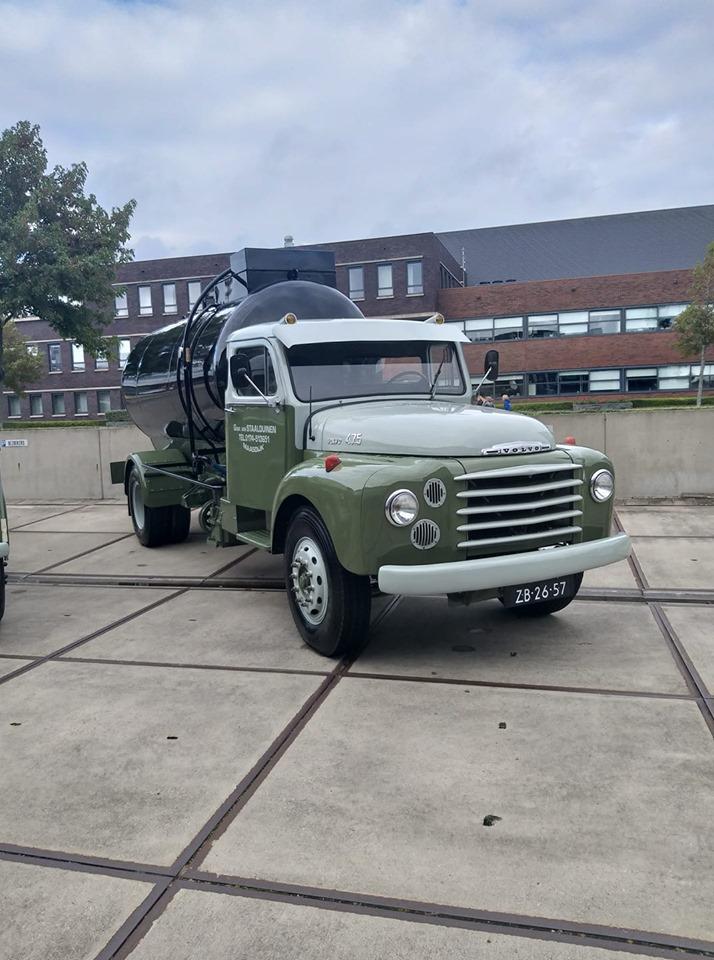 Volvo-N475-bij-de-ingang-28-9-2019