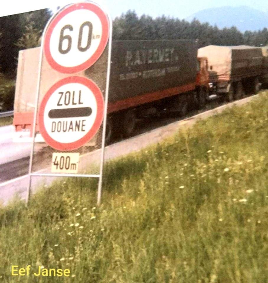 Scania-110-super-Eef-Janse--aan-de-grens-