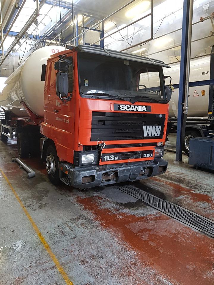 Trekker-137-Vos-Oss--nu-service-truck-plastrekker