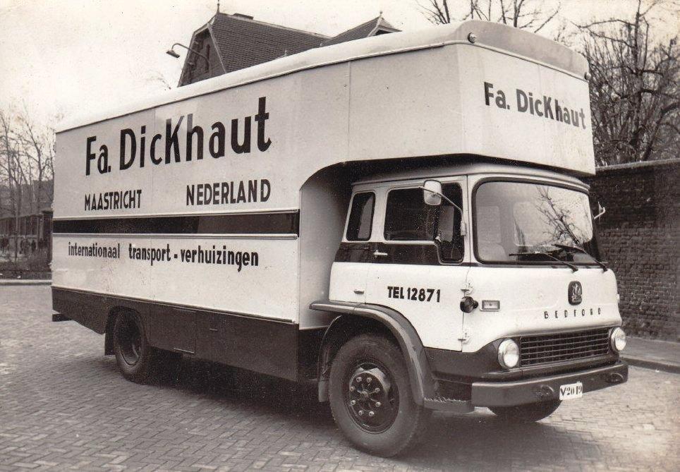 Bedford-Garage-Mohemius-Maastricht-carr--Buca