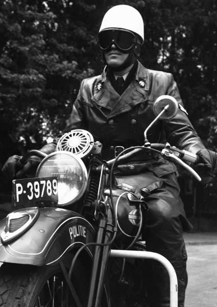1950-Mijnpolitie-van-staatsmijn-Emma-te-Hoensbroek-2