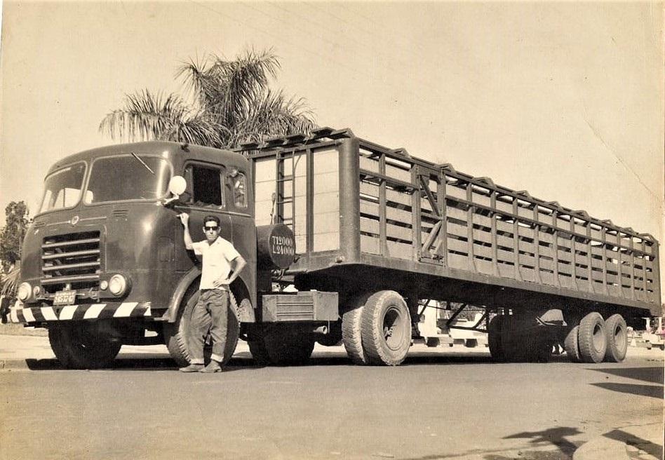 Mis-oom-Carlos-Gomes--FNM-D11000--vee-transport-wagen