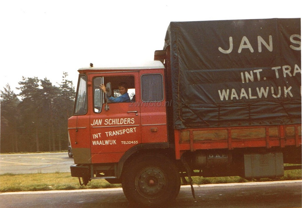 Jan-Schilders-Waalwijk-met-Jan-Timmermans-zoon-van-Leo-