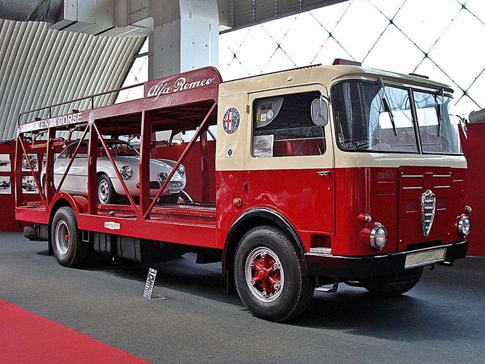 Alfa-Romeo-Mille-20
