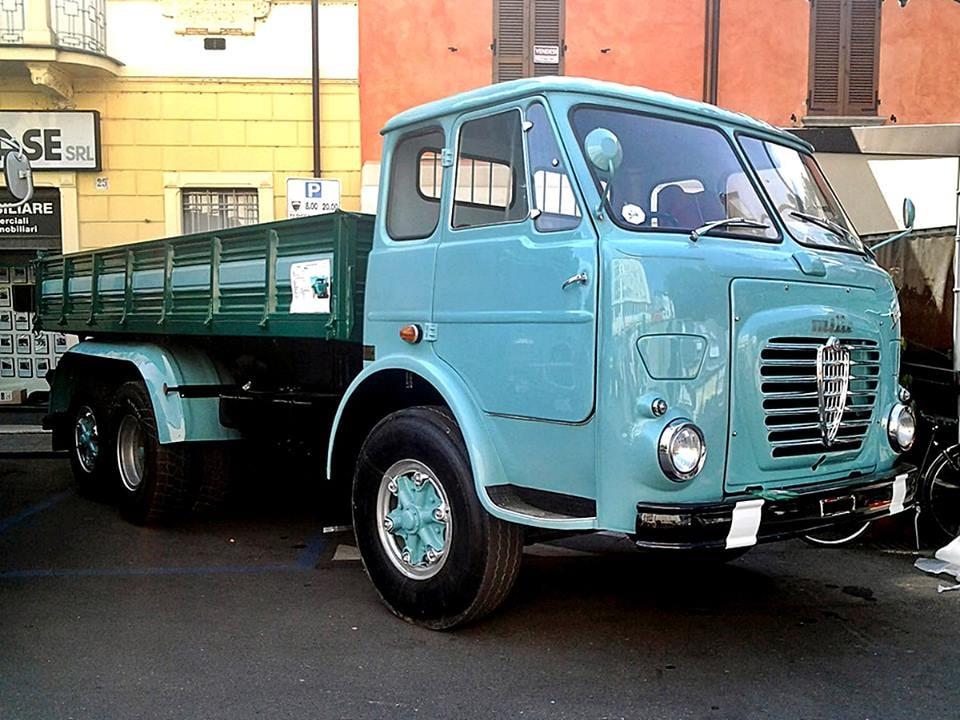 Alfa-Romeo-Mille-5