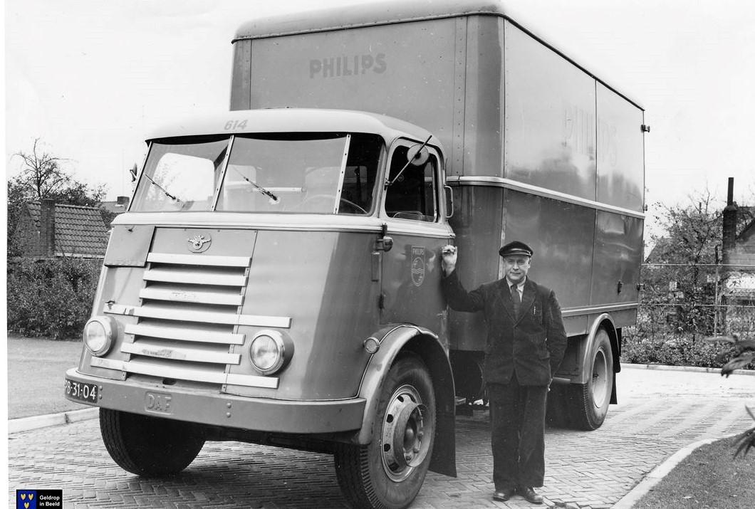 Theo-Ververs-in-Geldrop-ca-1955-60