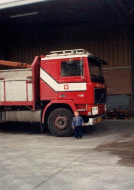 Volvo-F1225