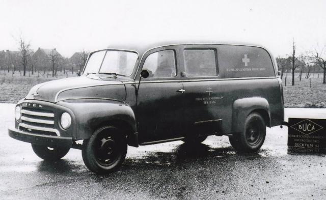 5-gemeente-wagen-van-Den-Haag--Opel-Bitz-Buca-Buchten--carrosserie