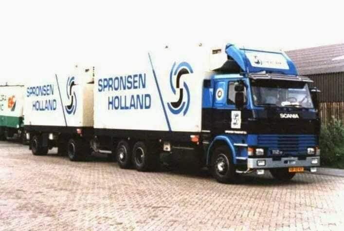 Fred-Wijling-zijn-wagens-bij-het-bedrijf-2