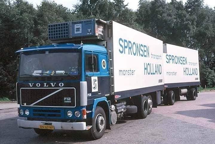 Fred-Wijling-zijn-wagens-bij-het-bedrijf-5