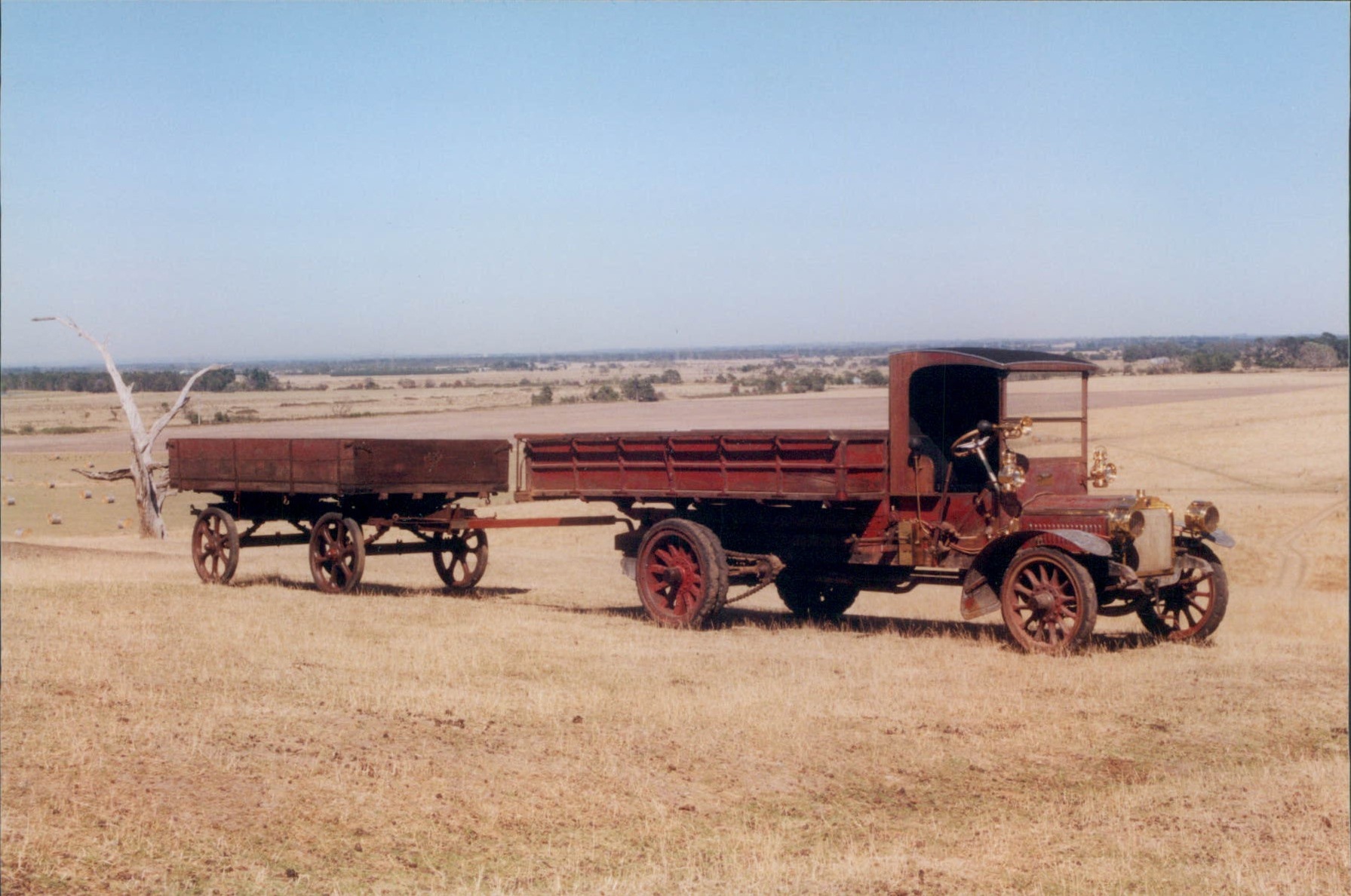 SAURER-TRUCK-AND-TRAILER--1909