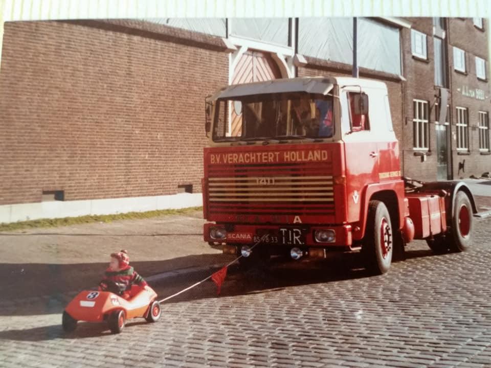 Scania-140-heeft-hulp-nodig