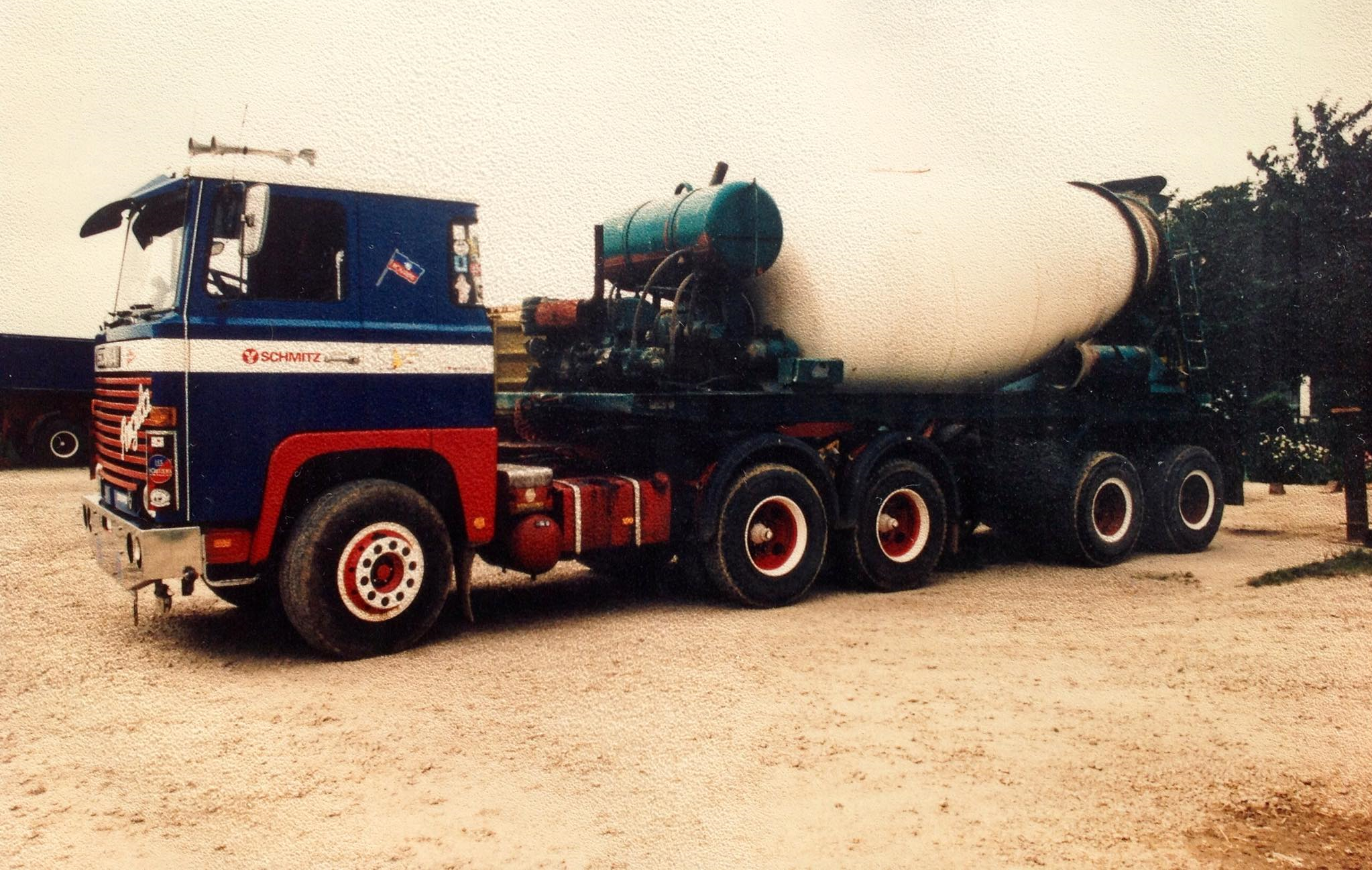 Scania-6X4-2