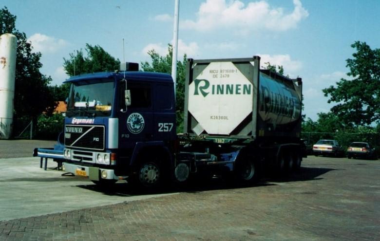 NR-257-Volvo-F10-van-Frans-van-de-Pol--vliegende-Frans--voor-RTT-Rotterdam---Auto-reed-later-voor-Hegeman-Duisburg--3
