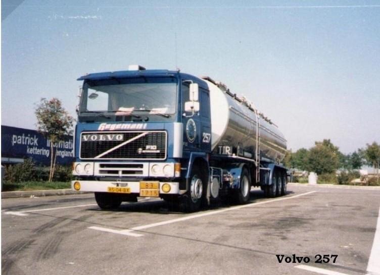 NR-257-Volvo-F10-van-Frans-van-de-Pol--vliegende-Frans--voor-RTT-Rotterdam---Auto-reed-later-voor-Hegeman-Duisburg--4