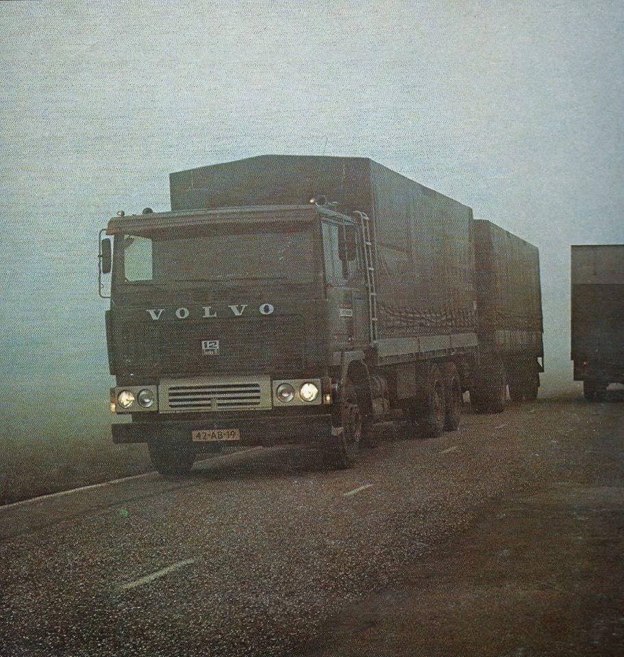 Intveen-Berkel--Volvo-in-de-Mist