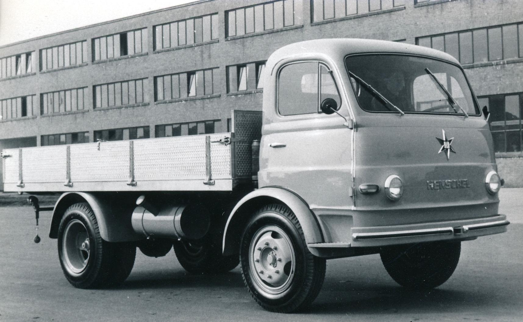 Henschel-HS-90---1957--