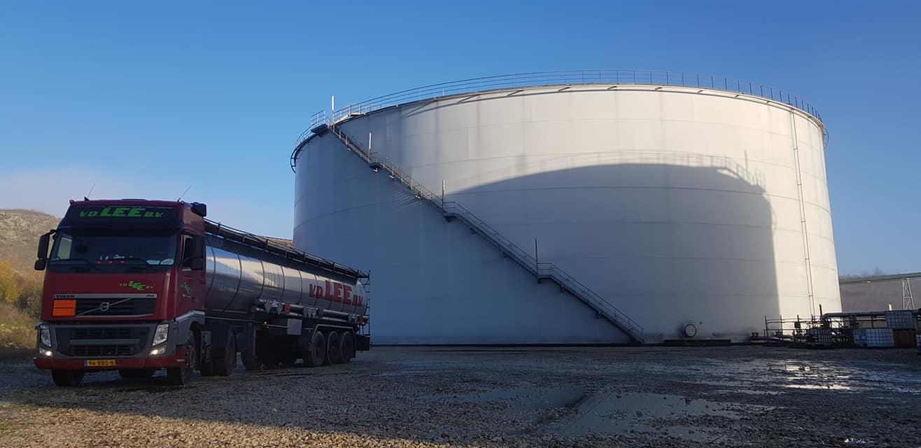 Ray-Bies-even-een-tankje-vullen-Picardie-France-19-11-2019-