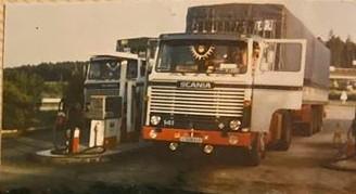 Scania-V8-141--