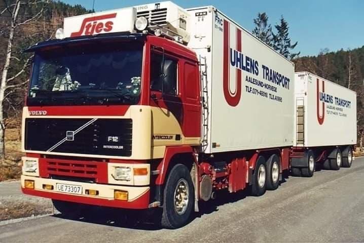 Charter-met-Volvo-F12