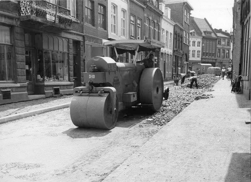 Vissers-wegen-bouw-wals--grote-gracht-Maastricht