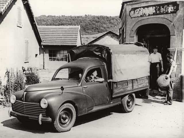 Peugeot--2