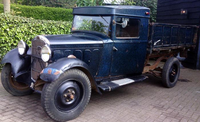 Peugeot-301T-benne-environ-de-1932--1