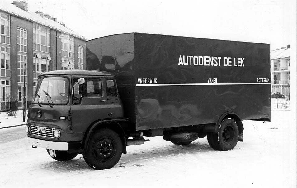 AUTODIENST-REEDERIJ-op-de-LEK--Bedford