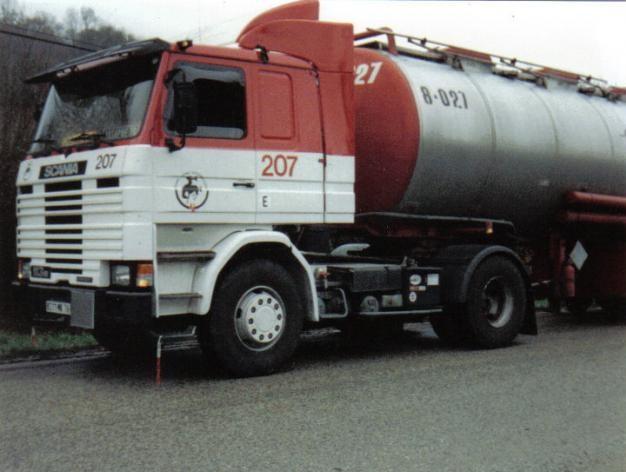 Scania-207-2