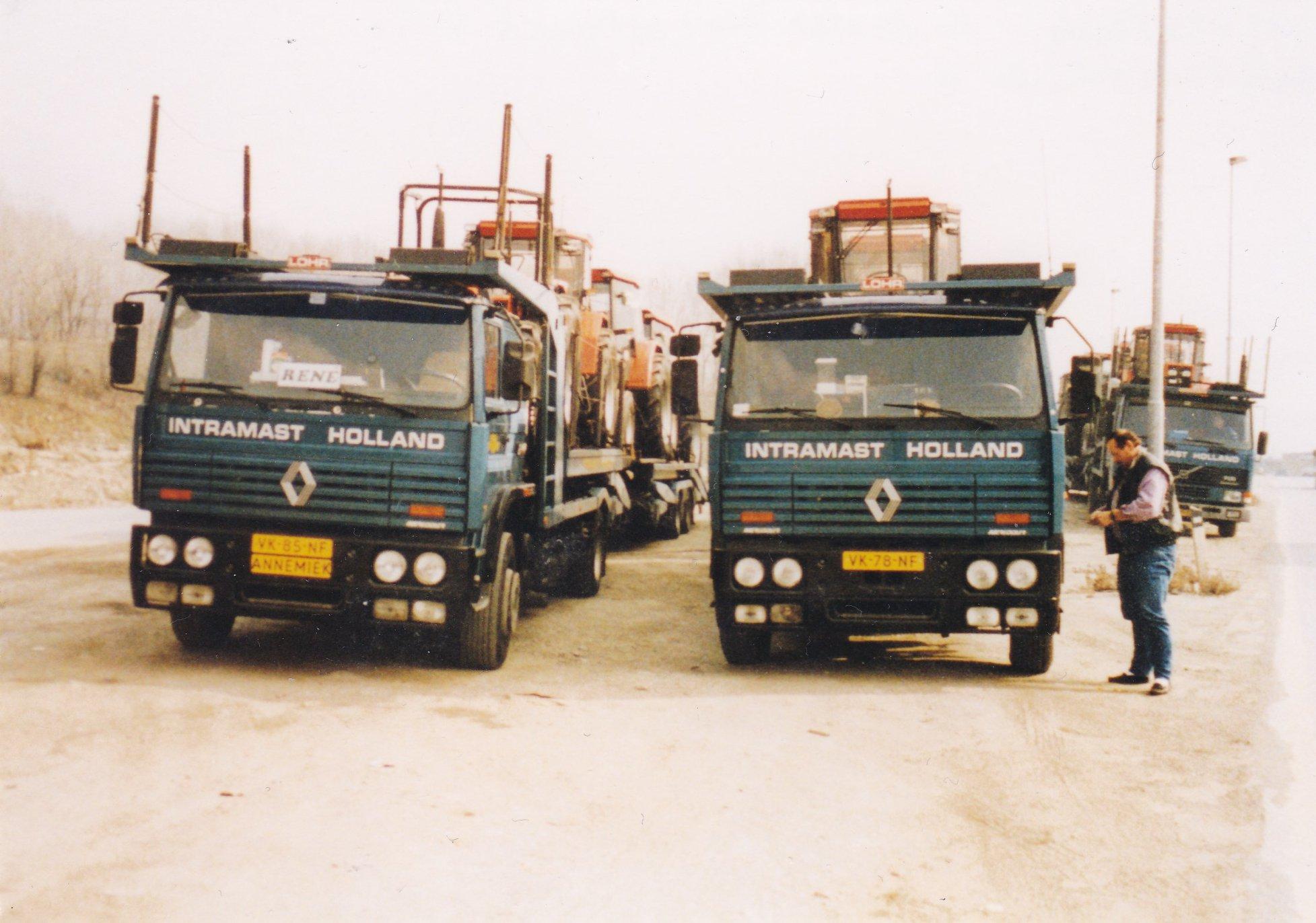 3x-Intramast-l-Renault-VK-85-NF-Rene-Machielsen-r-Renault-VK-78-NF-Koos-van-Mook-r-a--Volvo-Jack-de-Munck