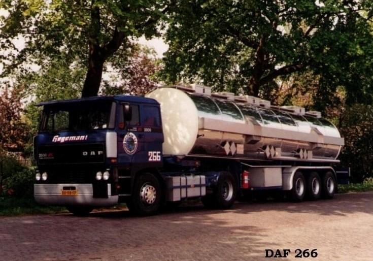 NR-266-DAF-2800-van-Eppe-Mosselaar-Fred-Hartman-en-volgens-mij-ook-Rob-van-Barneveld-en-Sjonny-Weij-1-3