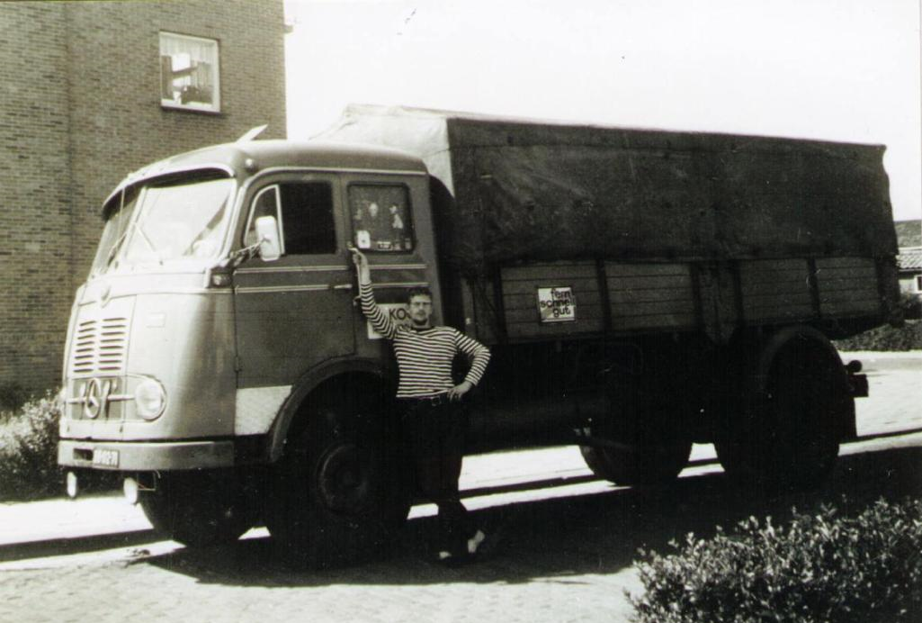 NR-65-mercedes-benz-Hans-Proveniers