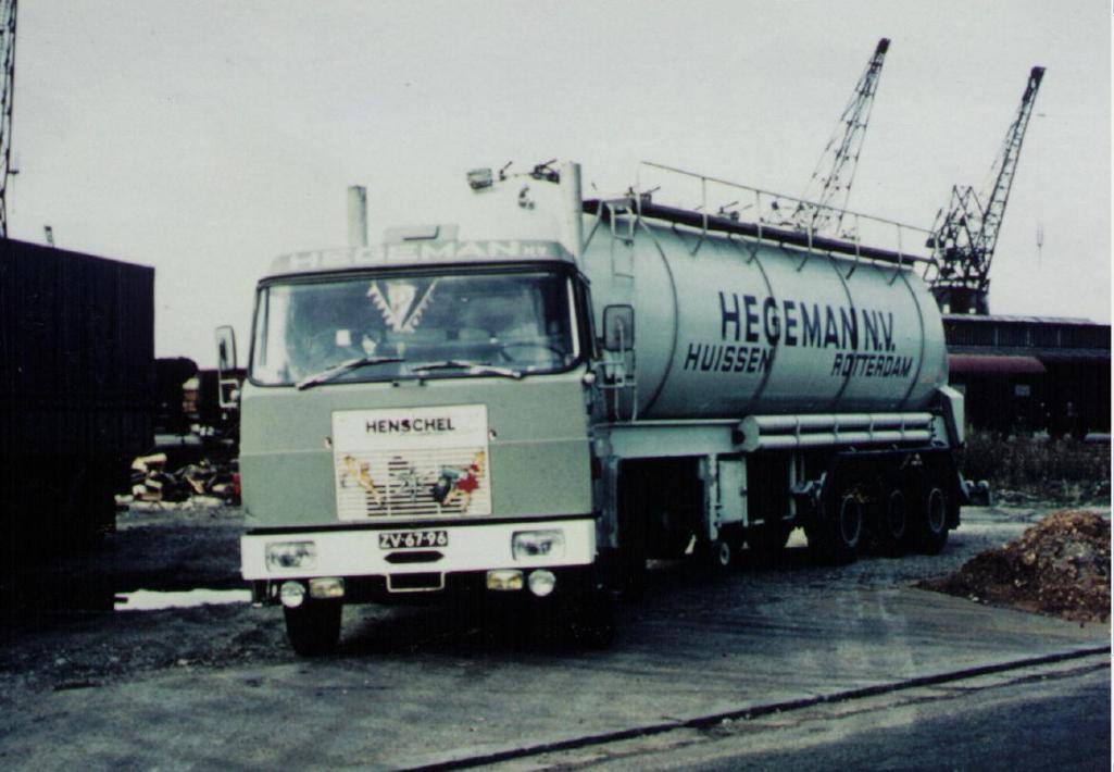 NR-76-hanomag-henschel