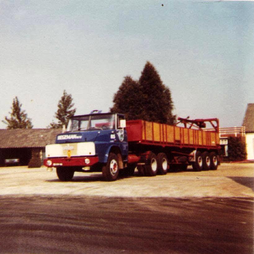 NR-83-Henschel-6X4-Wouters-Stroucken-