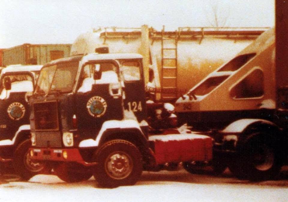 NR-124-Volvo-F88