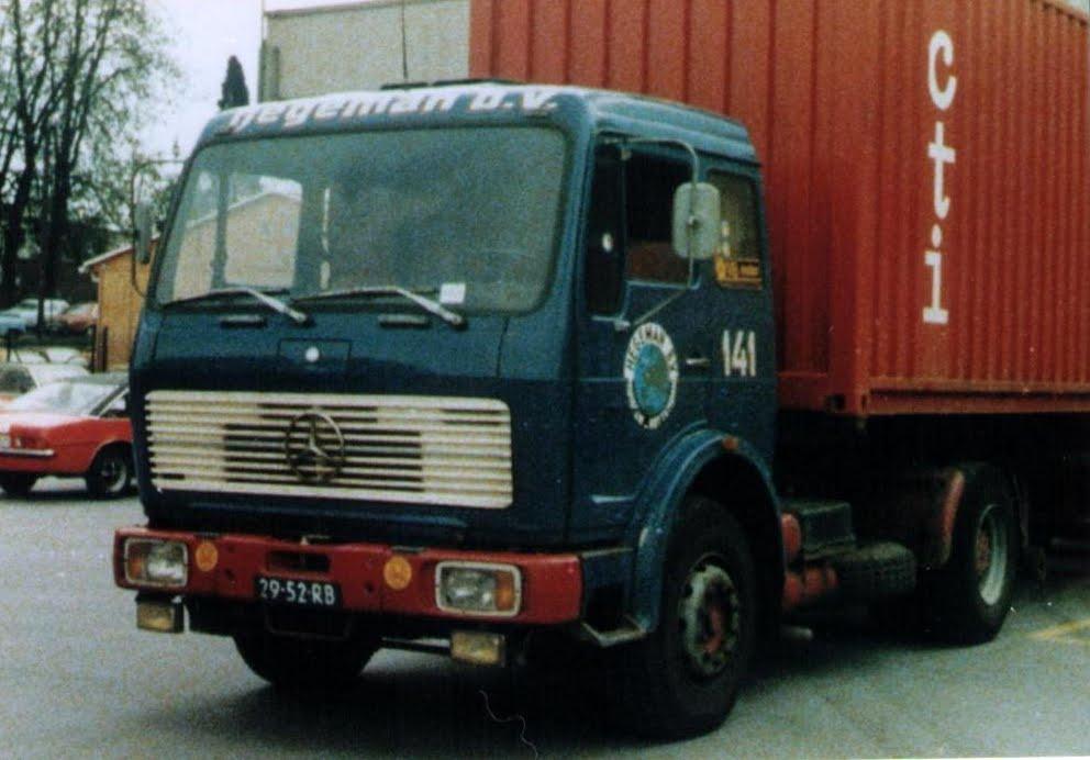NR-141-mercedes-benz