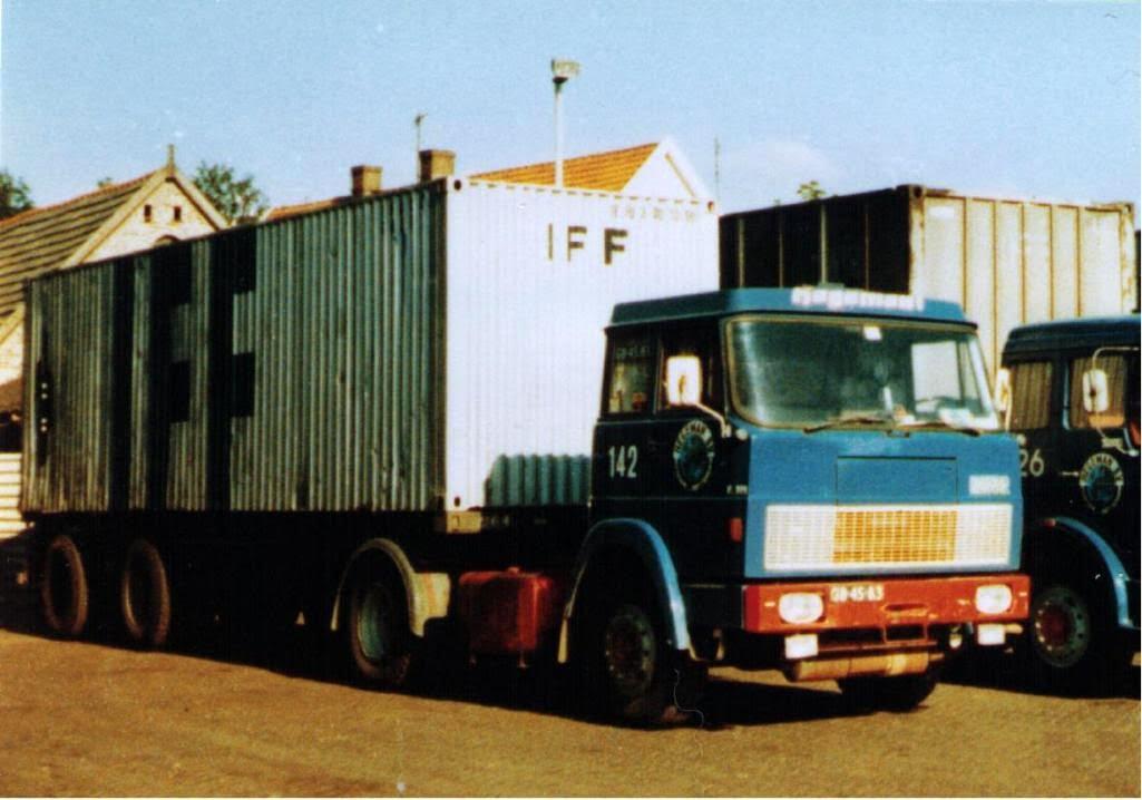 NR-142-hanomag-henschel