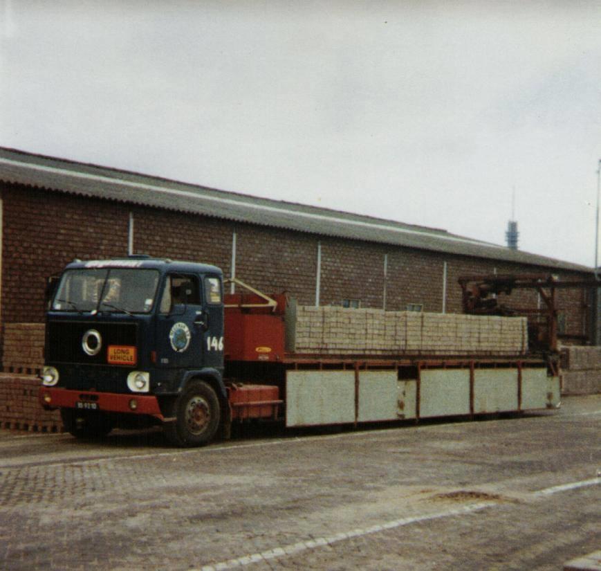NR-146-Volvo-F88-