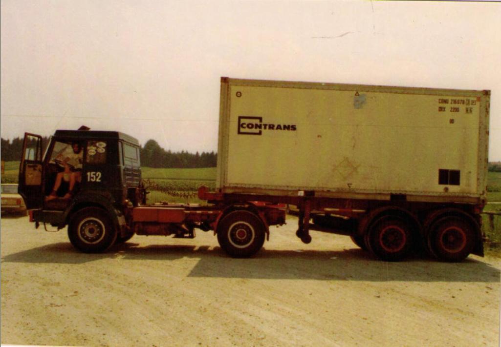 NR-152-hanomag--henschel