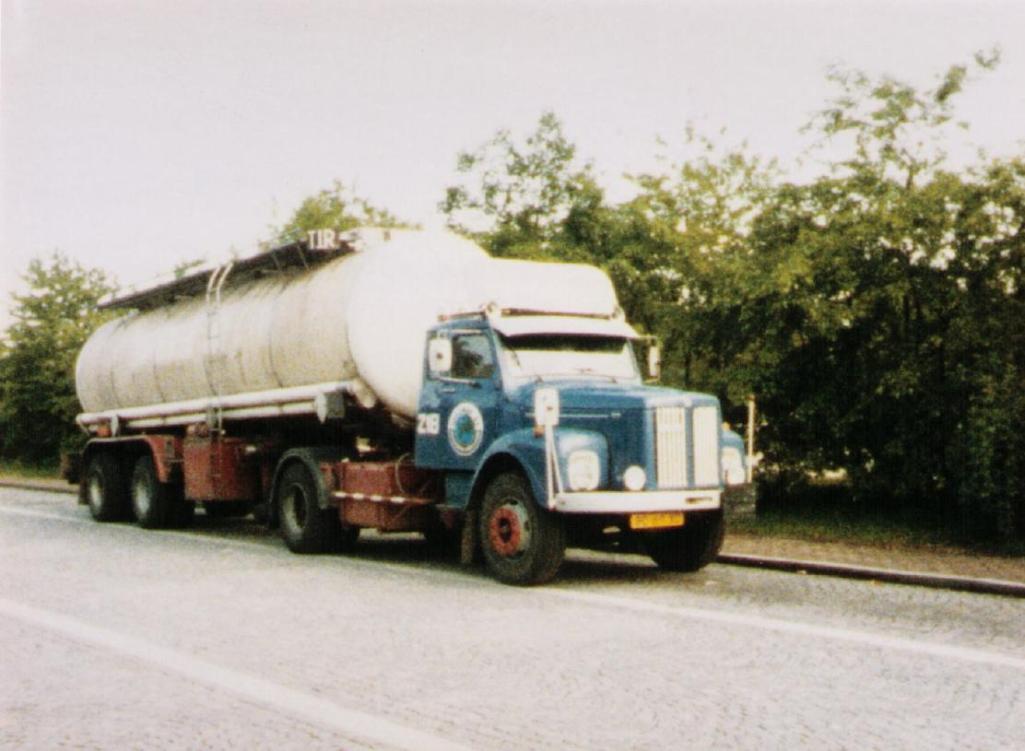 NR-218-Scania-Vabis-met-rit-naar-Izmir-Turkije--6