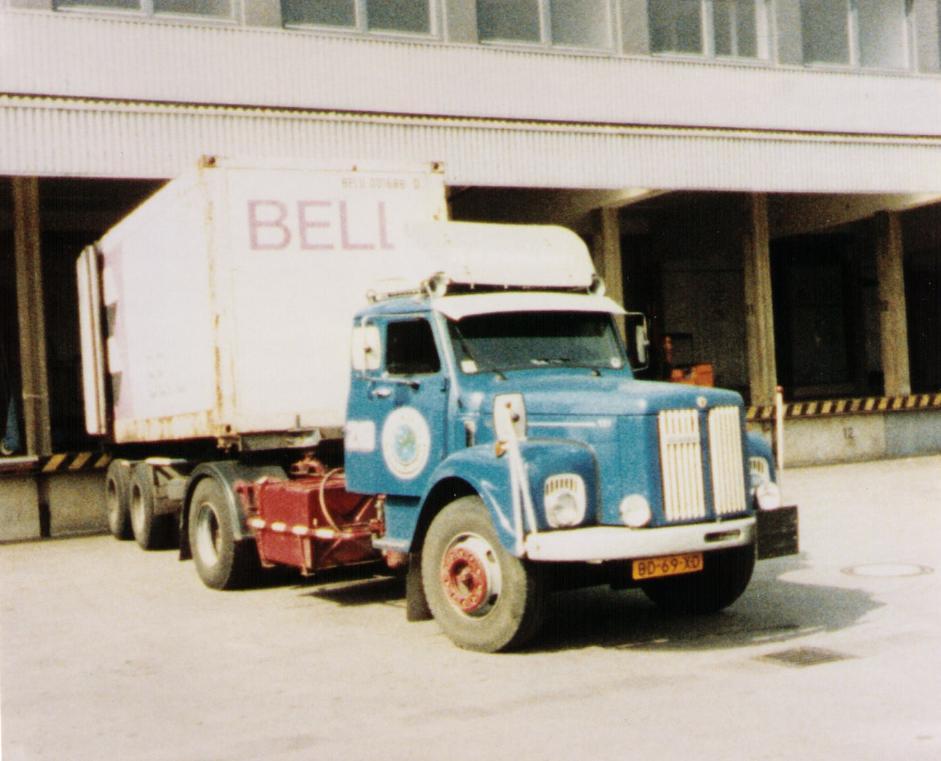 NR-218-Scania-Vabis-met-rit-naar-Izmir-Turkije--7