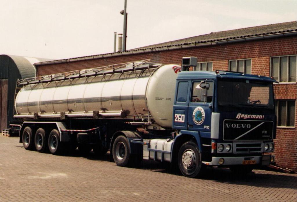 NR-260-Volvo-F10--1