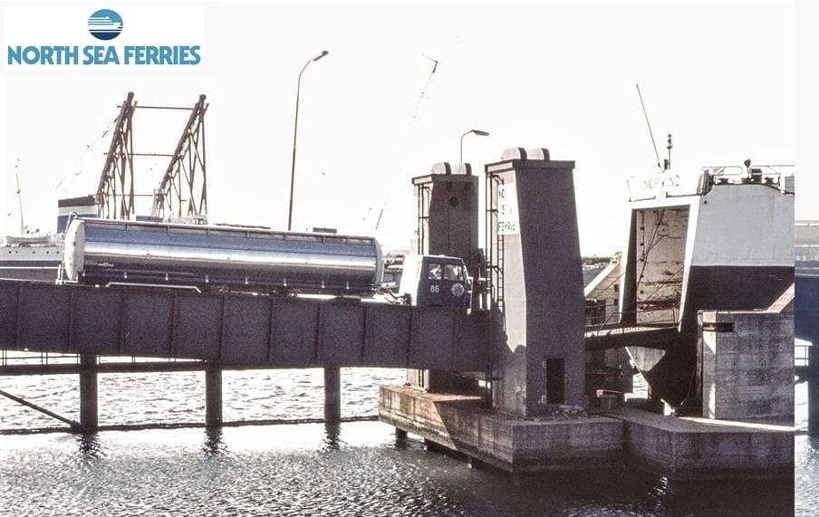 NR-86--bootje-varen-van-Europoort-naar-Hull-2