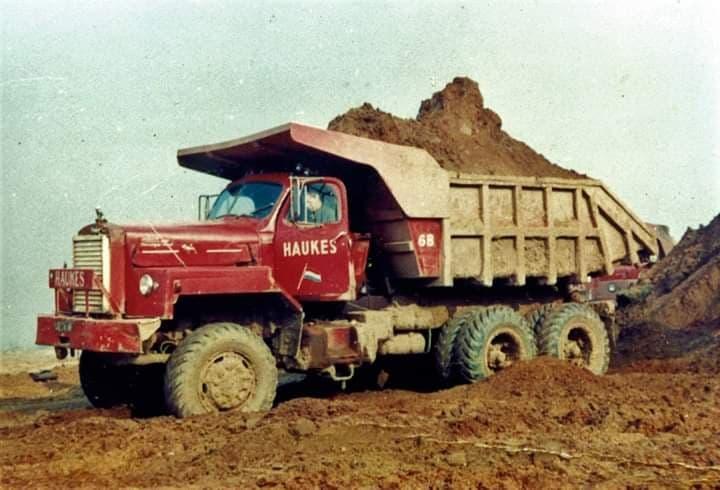 NR-68-Mack-Haukes-in-Roosteren-