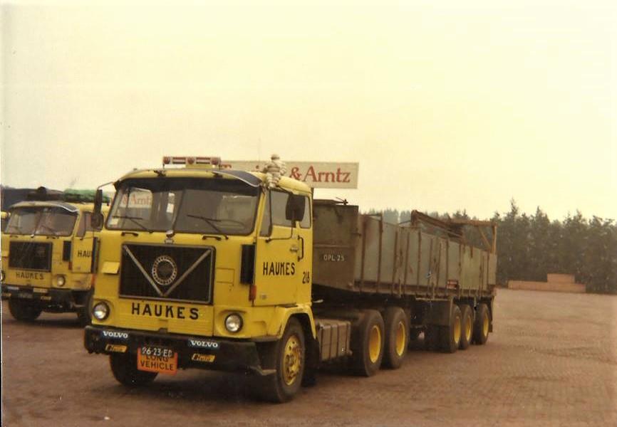 Volvo-218-