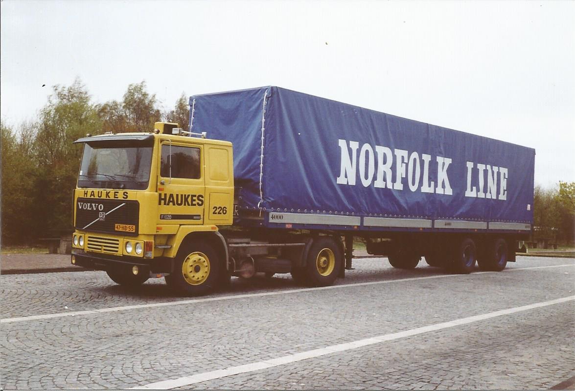 Volvo-226