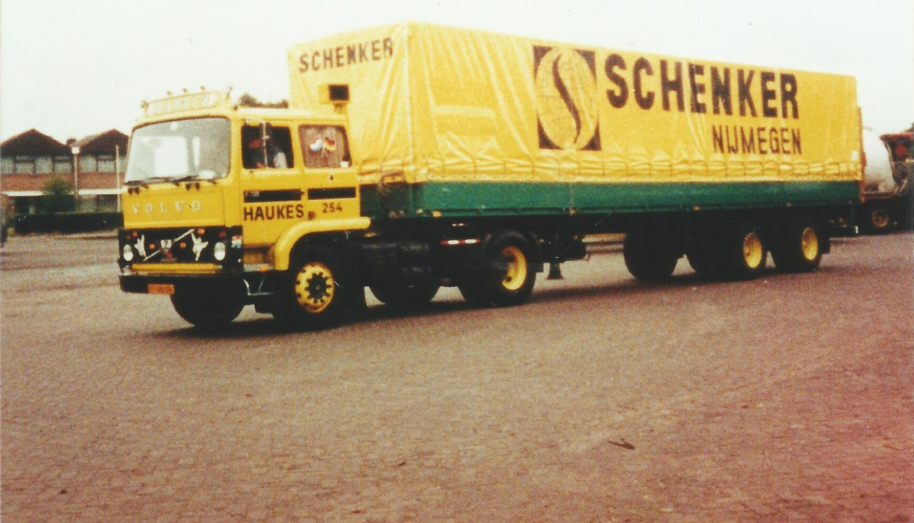 Volvo-254