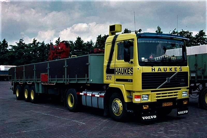 Volvo-277-Han-Megens--met-Floor-steenoplegger
