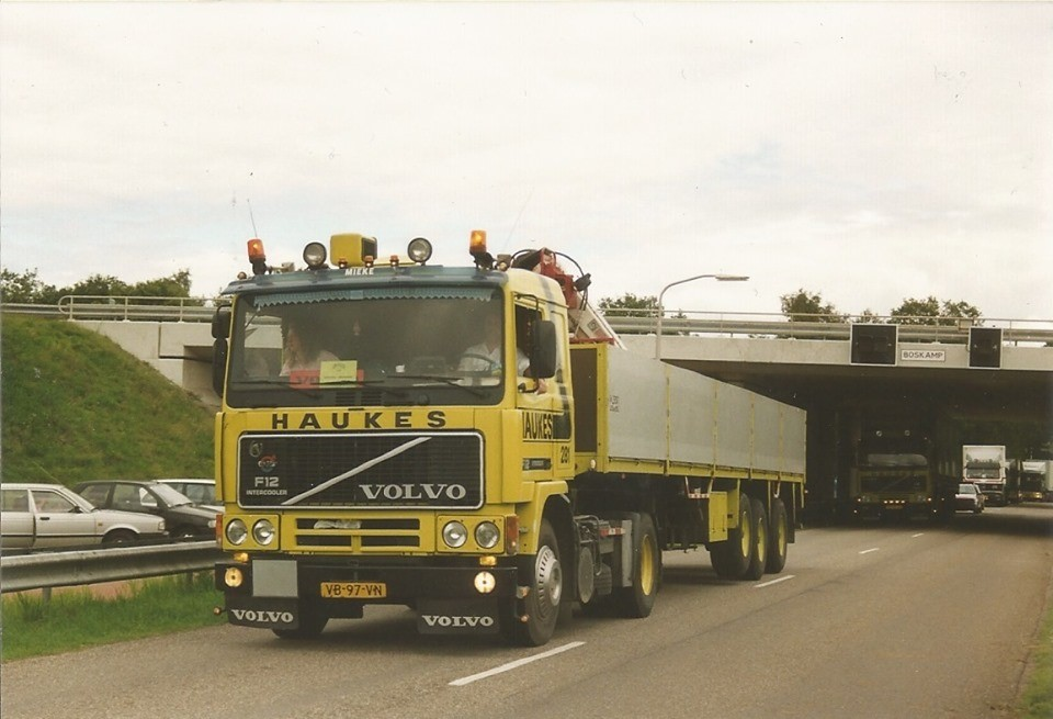 Volvo-281-1